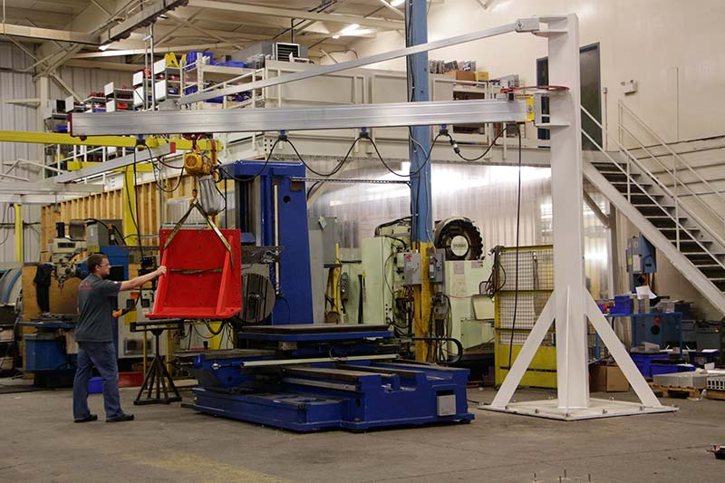 J1000 jib crane with 5m boom at work at Givens Lifting Systems in the US.