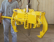 custom mechanical latching tool by Givens Lifting Systems Inc.