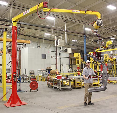 AJ60 Articulated Jib Cranes - carrying auto part