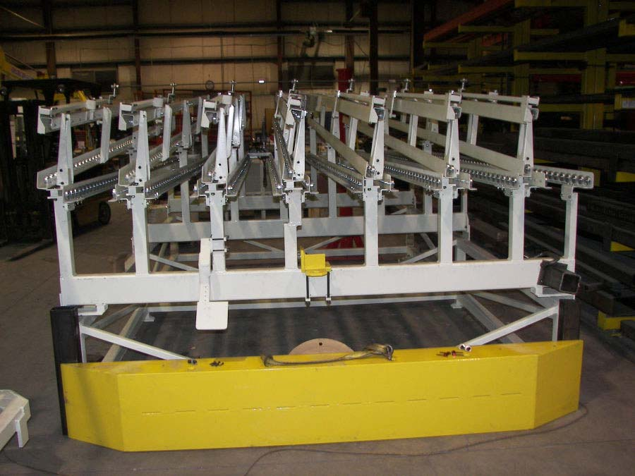 conveyor lineside flowrack by Givens Lifting Systems Inc.