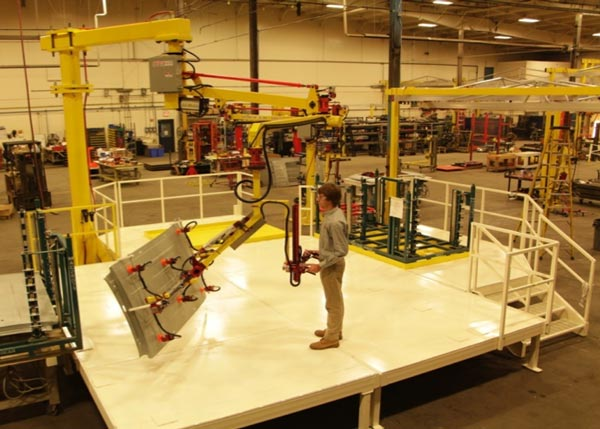 Work platform serving Givens Lifting Systems manipulator